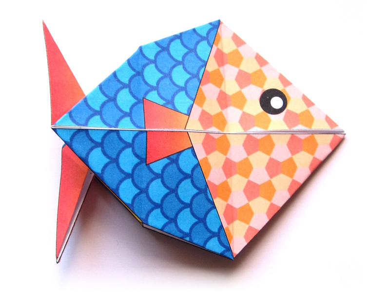 Here Is An Origami Model For A Fish Perfect Aprils Fool Day You Can Color Your Online Print The Fold It And Of Course Hang On Back